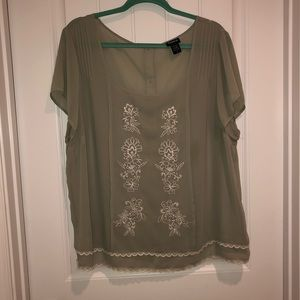 Airy blouse